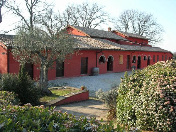 Agriturismo e vacanze in campagna nell 39 umbria dormire in - Casali antichi ristrutturati ...